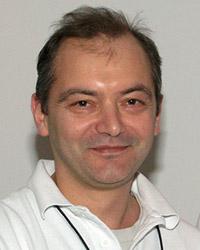 д-р Кирил Динов