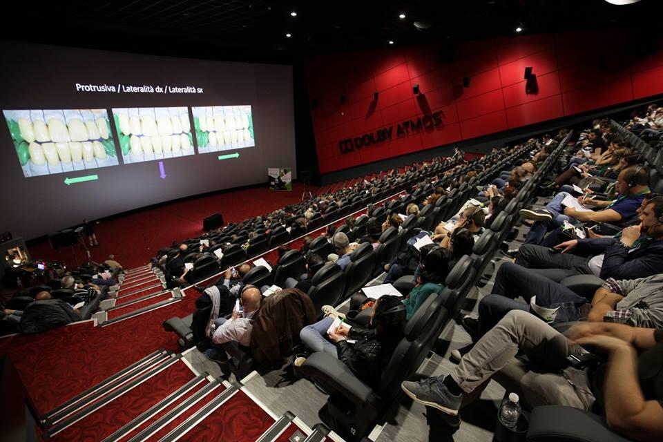 кадри от Кино Арена Младост от семинара с д-р Динов и мдт Нанини